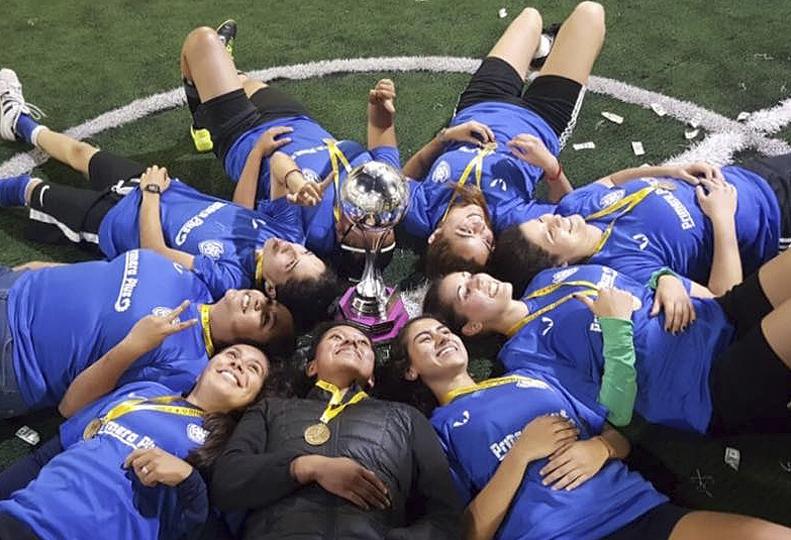 Fotografia Campeones liga femenil Centro Gol MX
